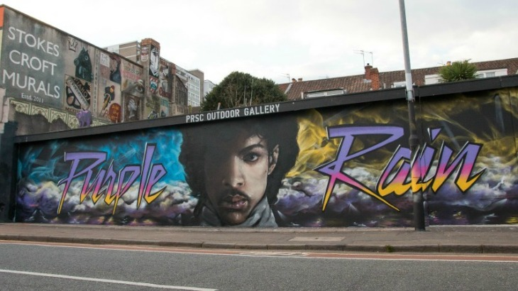 prince-purple-rain-graffiti-1476438857